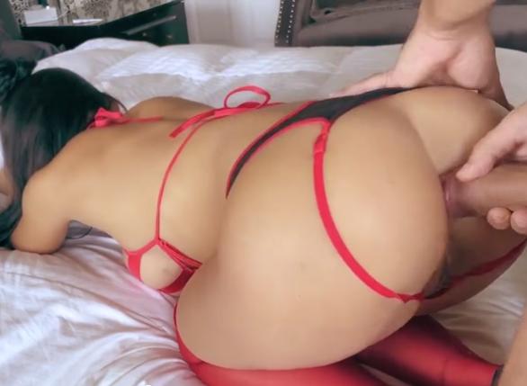 Esposa fazendo sexo anal fantasiada de bombeira