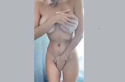 Video onlyfans Márcia Bonde mostrando buceta e o cuzinho